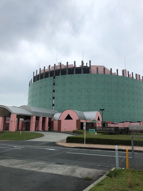 福岡トーヨー 大牟田店のホテルヴェルデ様 ガラス割れ替えの施工事例写真