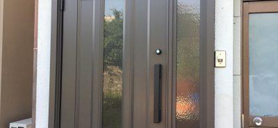 施工事例:玄関 ドア取替 リシェント