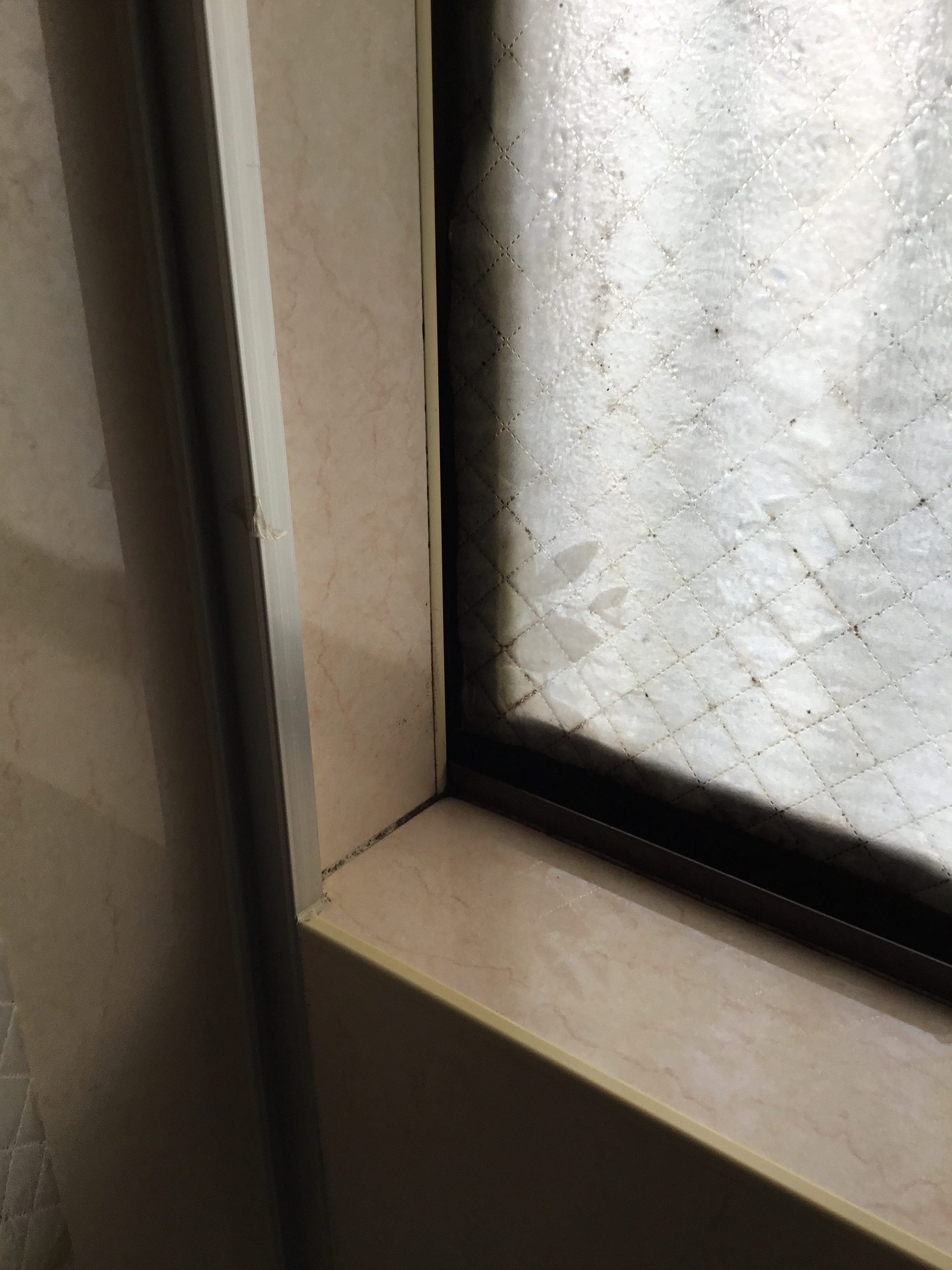福岡トーヨー 大牟田店の内窓 インプラスの施工前の写真1