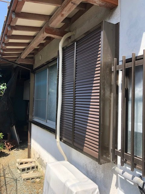 福岡トーヨー 大牟田店の10年以上 開かずの窓「雨戸」の施工事例写真