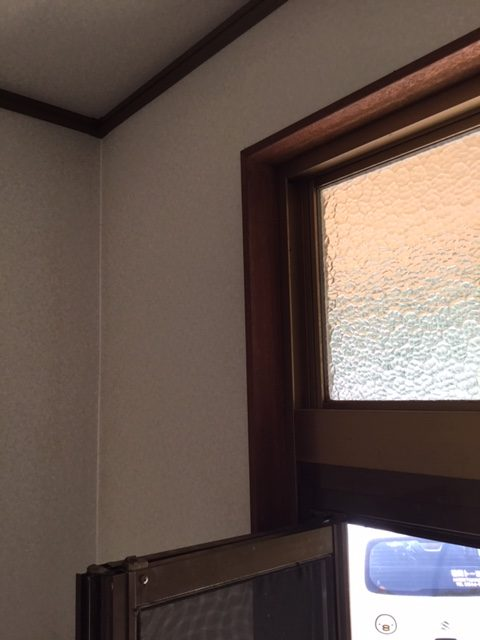 福岡トーヨー 大牟田店の玄関を新しくの施工前の写真3