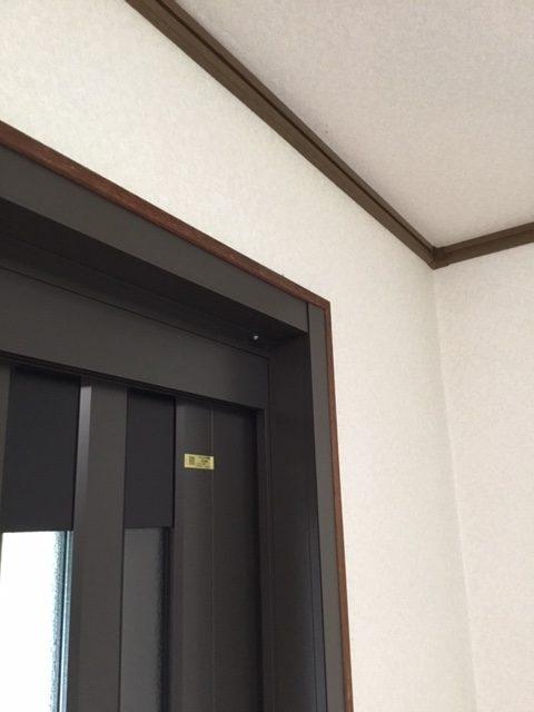 福岡トーヨー 大牟田店の玄関を新しくの施工後の写真1