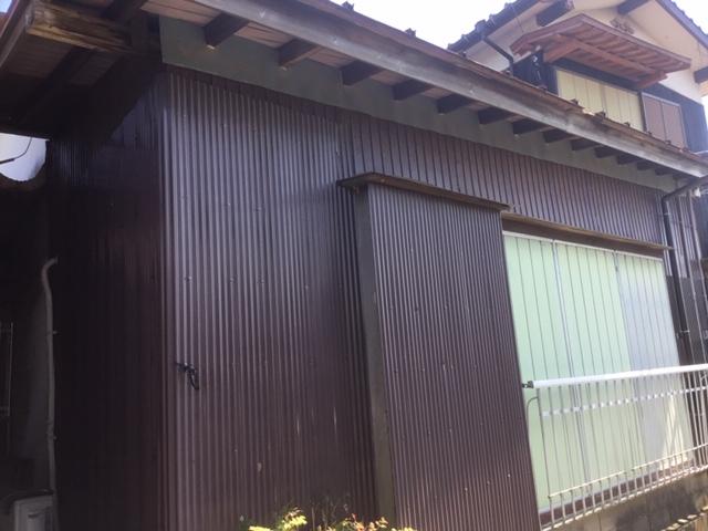 福岡トーヨー 大牟田店のやっぱり雨戸を替えて良かったの施工前の写真1