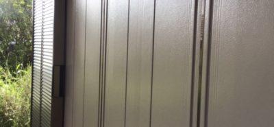 施工事例:木製雨戸から、後付け雨戸サッシに取替え。