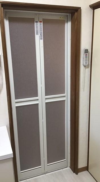 浴室ドア 新しく