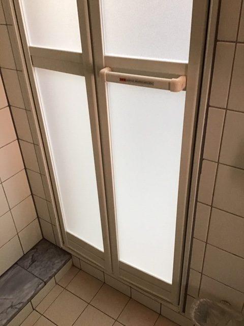 福岡トーヨー 大牟田店の浴室ドア 新しくの施工後の写真2