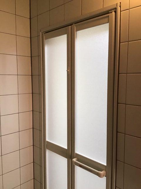 福岡トーヨー 大牟田店の浴室ドア 新しくの施工後の写真1