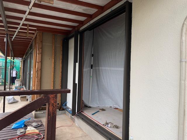 福岡トーヨー 大牟田店の台風対応 雨戸サッシ取替の施工前の写真3