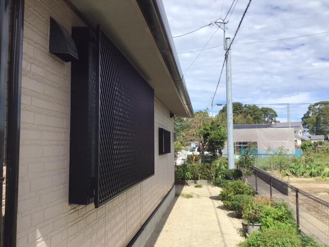 福岡トーヨー 大牟田店の菱クロス 格子新設の施工後の写真1