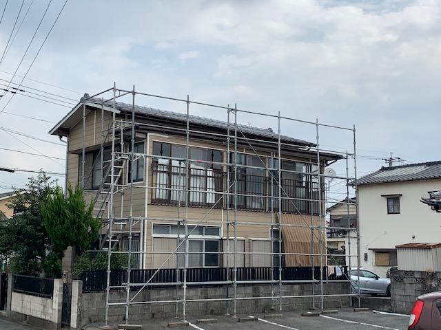 福岡トーヨー 大牟田店の台風災害 トタン屋根の張替ですの施工前の写真1