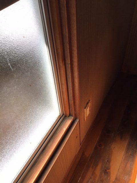 福岡トーヨー 大牟田店の防音 内窓の施工前の写真3