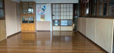 施工事例:フロアー張替え 地元の白川中公民館