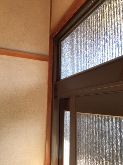福岡トーヨー 大牟田店の玄関引戸を新しくの施工前の写真2