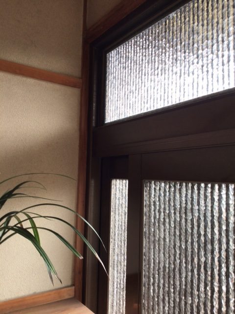 福岡トーヨー 大牟田店の玄関引戸を新しくの施工後の写真2