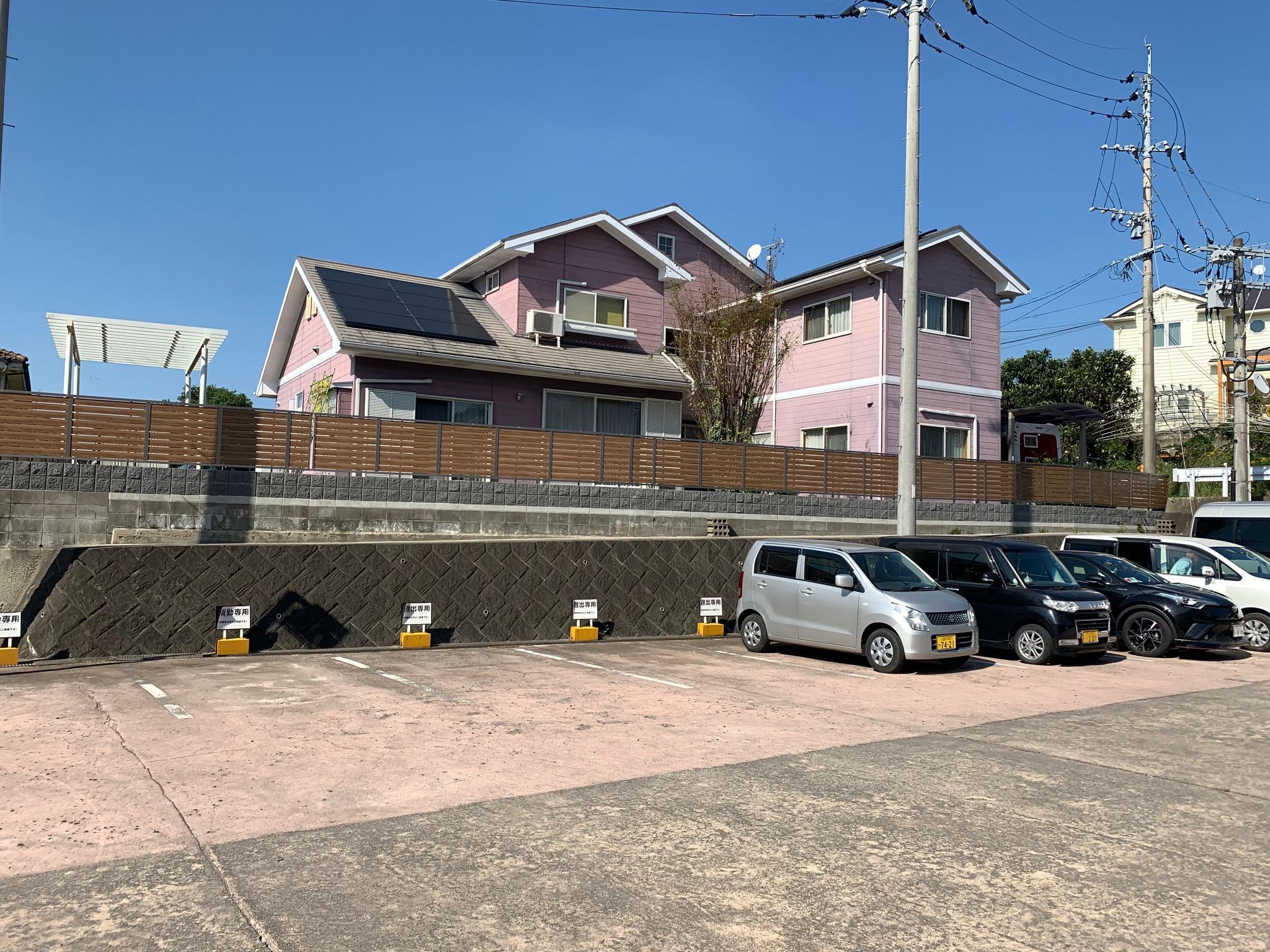 福岡トーヨー 大牟田店の目隠しフェンスと花粉症対策の施工後の写真3