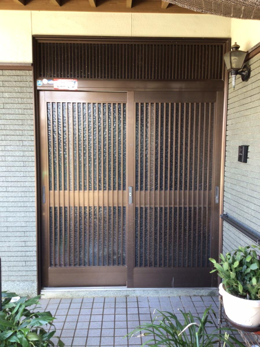 福岡トーヨー 大牟田店の1day リシェント玄関の施工前の写真1