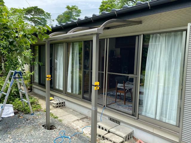 福岡トーヨー 大牟田店の熱線吸収屋根 テラス スピーネの施工後の写真2